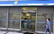 Encontro do Seguro Social indica luta por reajuste, concurso, 30h e Comitê de Carreira