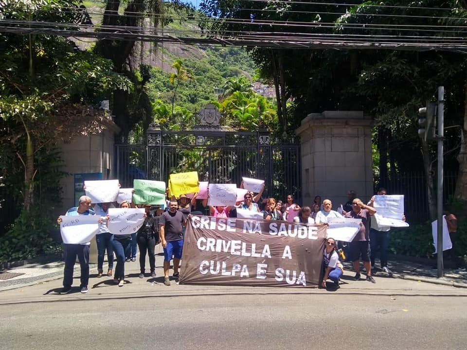 Crivella inicia desmonte da saúde municipal e servidores preparam reação