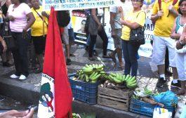 Ato com trabalhadores rurais e urbanos rejeita PEC da Previdência e defende direitos humanos