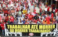 Bolsonaro aprova PEC da Previdência na Câmara sob denúncia da 'velha política' da compra de votos