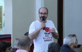 Jornalista: mídia brasileira defende o lado dos patrões e do governo