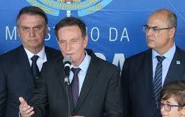 Com boicote e flexibilização, Brasil pode chegar a meio milhão de mortos pelo covid-19