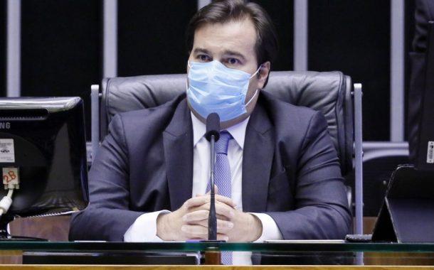 Conselho Nacional de Saúde questiona suposta 'modernização' do SUS anunciada por Rodrigo Maia