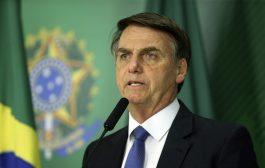 Perante quase 100 mil mortes de covid, Bolsonaro diz pra 'tocar a vida' como se tudo estivesse normal