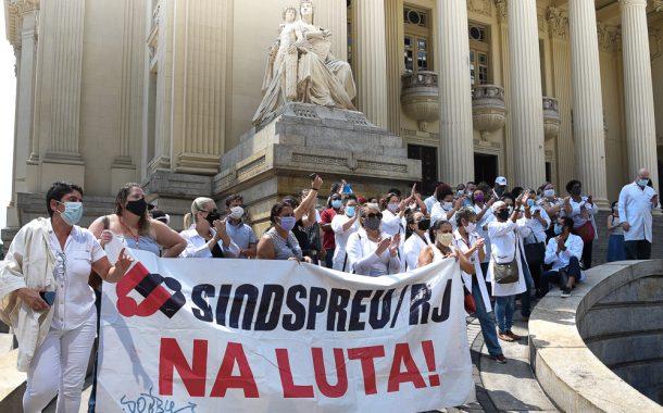 Na quarta (23), contratados da rede federal protestam mais uma vez contra irregularidades de certame