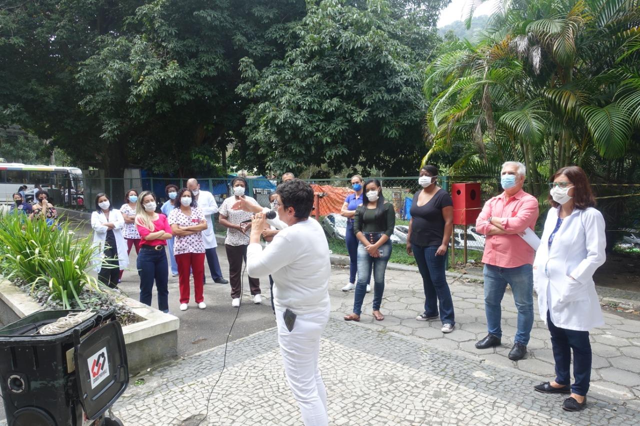 Vitória: pressionado, Ministério da Saúde no RJ revoga suspensão de férias nos hospitais federais