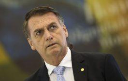 Ao atacar futura vacinação obrigatória contra covid, Bolsonaro mostra desprezo pela vida da população