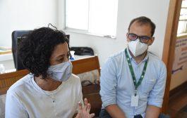 Vacina chinesa coronavac é testada em Niterói. Assista ao vídeo sobre reunião com Sindsprev/RJ, Sintuff e Associação