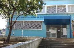 Profissionais da educação municipal do Rio entram em greve contra volta de aulas presenciais
