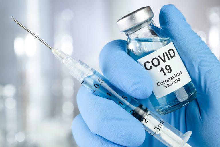 Trabalhador que recusar vacina contra covid pode ser demitido por justa causa, diz MPT