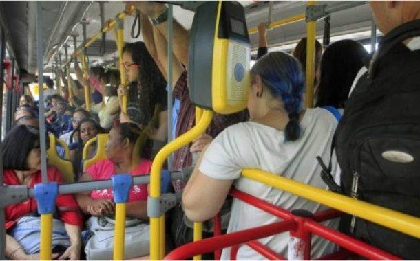 Extinção de linhas mostra que empresas de ônibus do Rio tratam passageiros como lixo