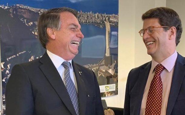 Às vésperas da Cúpula do Clima, Bolsonaro é criticado no mundo inteiro como destruidor do meio ambiente